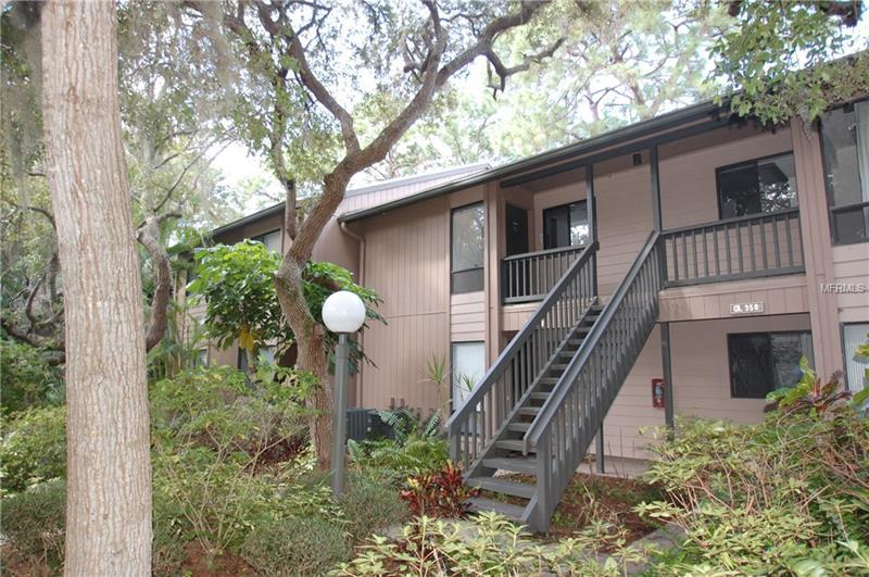 Photo of home for sale at 1712 GLENHOUSE DRIVE, Sarasota FL