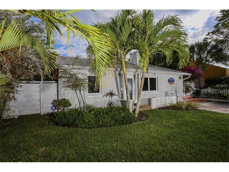 Photo of home for sale at 165 TYLER DRIVE, Sarasota FL