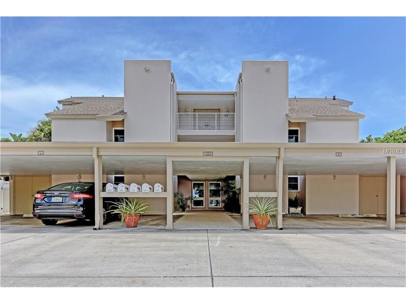 Photo of home for sale at 524 BEACH ROAD, Sarasota FL
