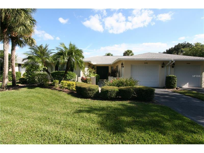 Photo of home for sale at 6990 COUNTRY CLUB DRIVE W, Sarasota FL
