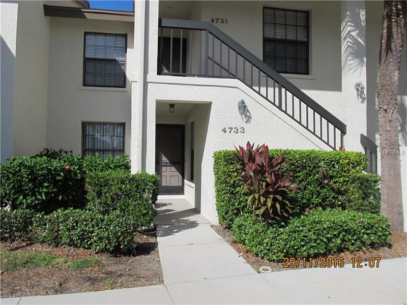 Photo of home for sale at 4733 WINSLOW BEACON, Sarasota FL