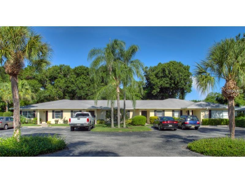 Photo of home for sale at 7062 COUNTRY CLUB DRIVE W, Sarasota FL