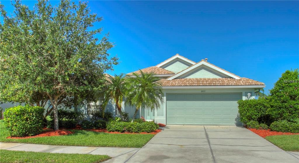 Photo of home for sale at 8977 STONE HARBOUR LOOP, Bradenton FL