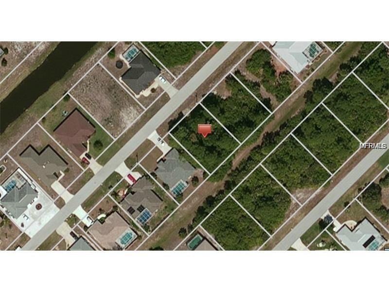 Photo of home for sale at 225 BROADMOOR LANE, Rotonda West FL