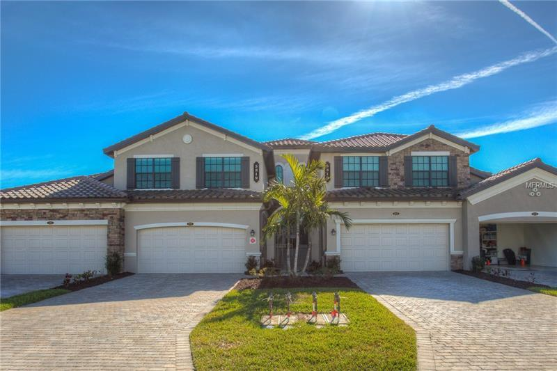 Photo of home for sale at 5819 WAKE FOREST RUN, Lakewood Ranch FL