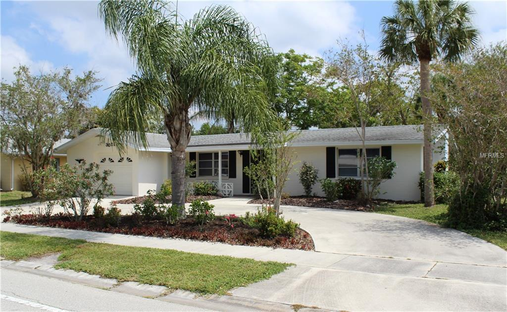 Photo of home for sale in Sarasota FL