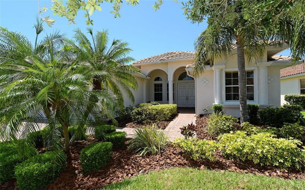 Photo of home for sale at 4044 65TH PLACE, Sarasota FL